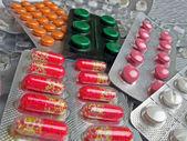 New medical antibiotics in plastic pack, aspirin diversity details. — Stock Photo
