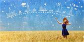 Rödhårig flicka på våren vete fält. — Stockfoto