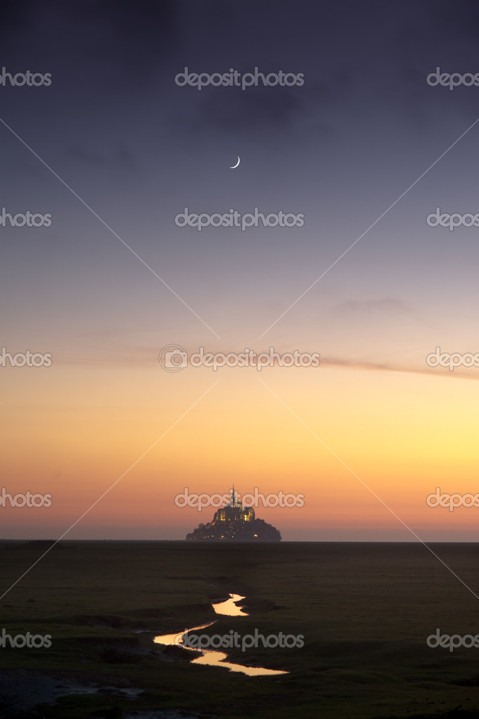 Mont saint-Michel in France  — Stock Photo #10944128
