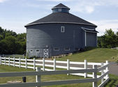 Round barn — Stock Photo