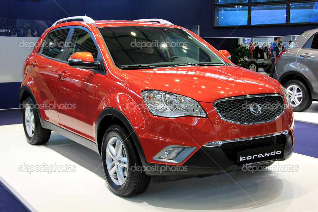 "KIEV - MAY 26: Ssang Yong Korando at yearly automotive-show ""SIA 2011"". May 26, 2011 in Kiev, Ukraine. — Stock Photo #11363494"