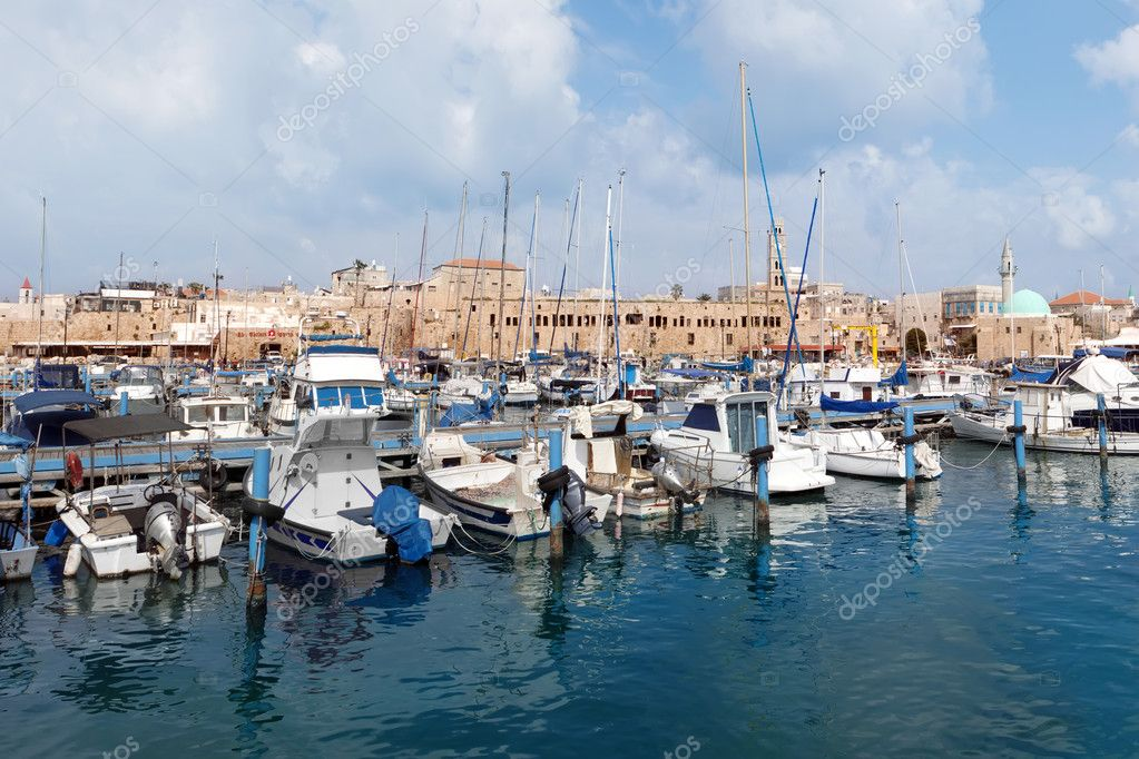 Ancient Port of  Acre. Israel. — Stock Photo #10915247