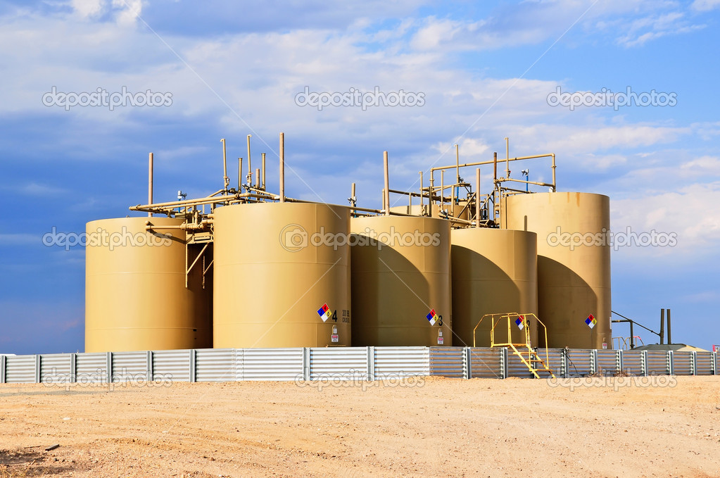 Storage tanks for crude oil in central Colorado, USA  Stock Photo #12163249
