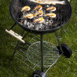 Grilling fish and shrimps — 图库照片