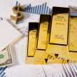 Financial indicators,Chart,Gold bar,money — Stock Photo
