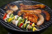Barbecue a hot summer evening, Grilling — Stock fotografie