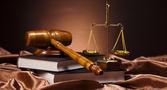 Dřevěná palička barrister, koncepce spravedlnosti — Stock fotografie
