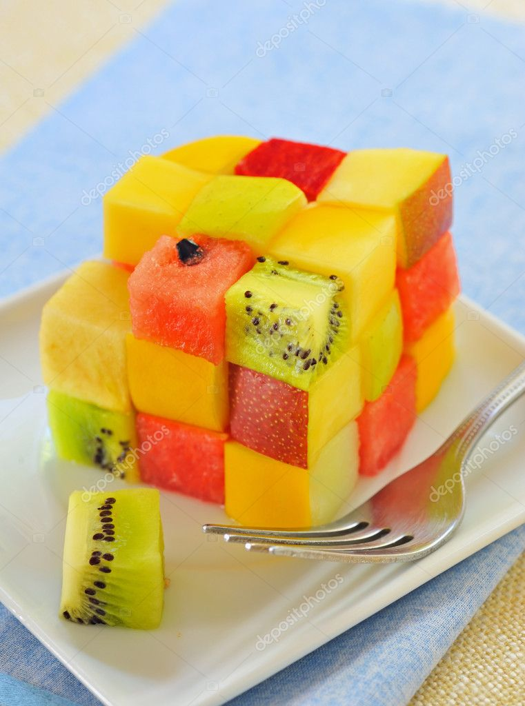 Cube fruits salad — Stock Photo #11157862