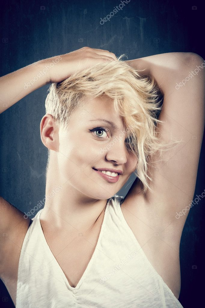 Sexy woman with blonde hairs is posing, retro look photo — Stock Photo #11659652