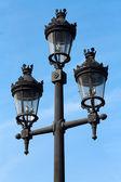 Lâmpada de rua em barcelona, espanha — Fotografia Stock