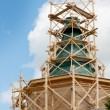 Erection of tent wooden church. Russia — Stock Photo #11027969