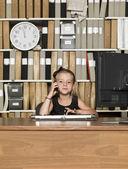 Jonge bedrijf meisje — Stockfoto