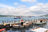 Boats on Bosphorus — Stock Photo