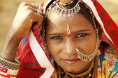 Schöne indianerin — Stockfoto