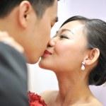 Kissing — Stock Photo