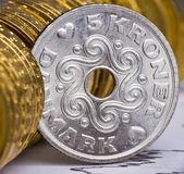 чрезвычайно крупным планом зрения дании валюты — Стоковое фото