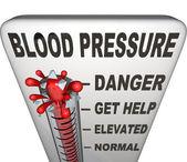 Hipertensión arterial la presión arterial elevada nivel peligroso — Foto de Stock