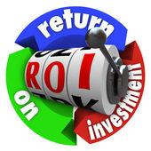 Roi retorno sobre o acrônimo de palavras de caça-níqueis de investimento — Foto Stock