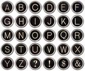 ビンテージ タイプライターのキーのアルファベット — ストック写真