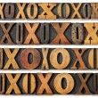 Letters O and X in wood type — Foto de Stock