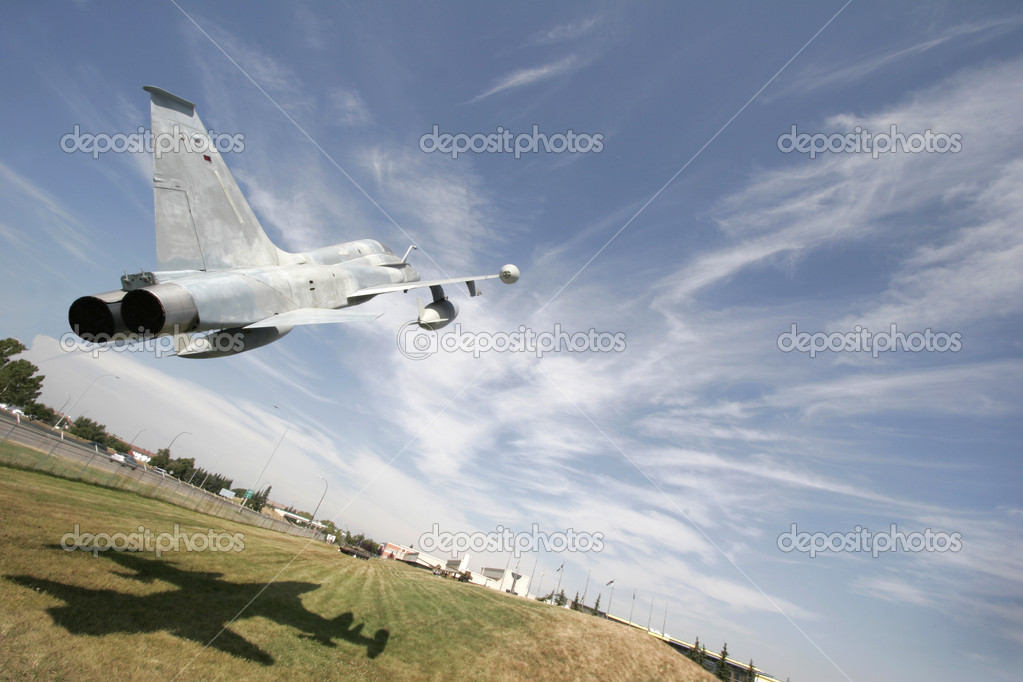 Flying F1 Fighter Jet — Stock Photo #10797749