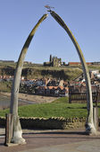 Whitby's whale bone arch — Stock Photo