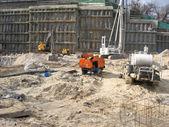 Sitio de trabajo de construcción con equipos — Foto de Stock