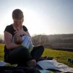 Mother breastfeeding her baby — Stock Photo #12346822