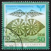 Postzegel gdr 1990 flying machine door albrecht berblinger — Stockfoto