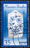 Postage stamp GDR 1989 Breadboard, Meissen Porcelain — Stock Photo