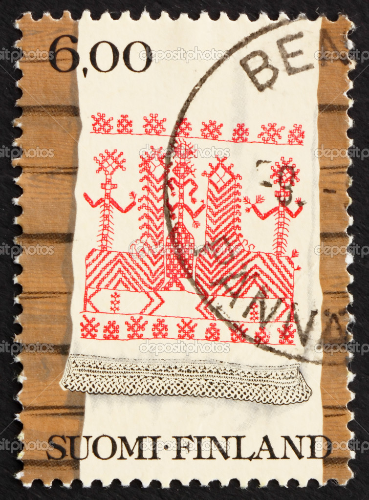 FINLAND - CIRCA 1980: a stamp printed in the Finland shows Kaspaikka Towel Design, Ritual Towel, circa 1980 — Stock Photo #11393264