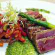 Half-roasted tuna with stewed vegetables — Stock Photo #11373658
