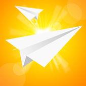 Papírové letadlo v žluté oblohy — Stock fotografie