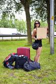 Stopovat turistické žena — Stock fotografie
