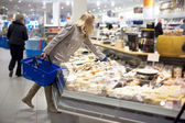 Groceries shopping — ストック写真