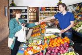 På grönsakshandlare — Stockfoto