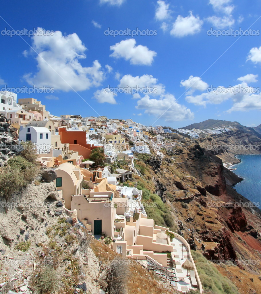 View on the caldera at Oia, Santorini, Greece, by beautiful weather — Stock Photo #10776831