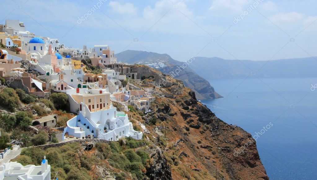 View on the caldera at Oia, Santorini, Greece, by beautiful weather — Stock Photo #11285179