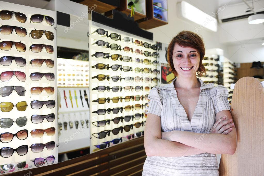 the sunglass store g1vr  the sunglass store