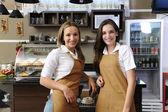 официанты в кафе — Стоковое фото