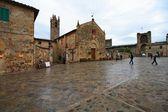 Monteriggioni, mittelalterliche stadt in der toskana — Stockfoto
