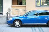Blauwe auto — Stockfoto