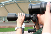 Ta ett foto med dslr kamera — Stockfoto