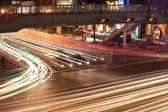 Trafikerar föreningspunkter på natten — Stockfoto