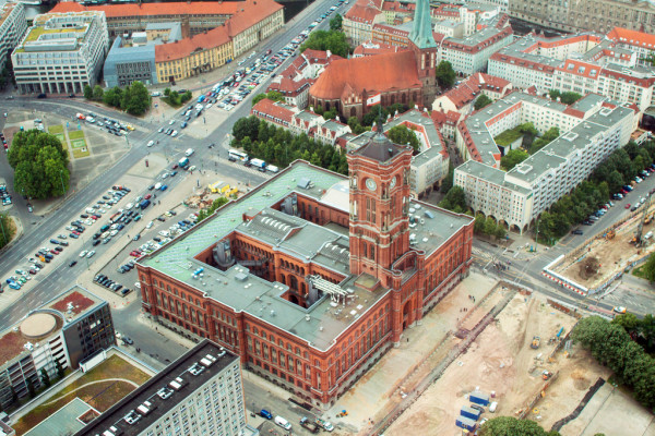 Red City Hall Of Berlin — Photo