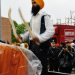 Sikh drummer at 2012 Baisakhi festival in Brescia — Stock Photo