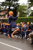 Sikh devotee performing at 2012 Baisakhi festival in Brescia — Stock Photo