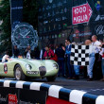 Green 1952 Jaguar C-Type at the start of 2012 1000 Miglia — Stock Photo #11764933