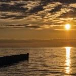 Sunset on the Baltic Sea coast. — Stock Photo