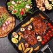 Beef steak with grilled vegetable - Stockfoto
